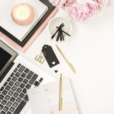 5 Tools That I Use To Make Over $2,000 Per Month Blogging